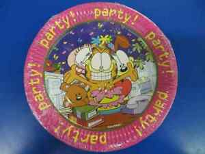 "Garfield Office Party Rare Retro Cartoon Character Cat 9"" Paper Dinner Plates"