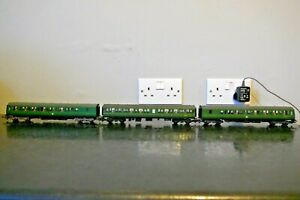 LIMA CLASS 117 DMU THREE CAR SET IN BR GREEN WITH SYP