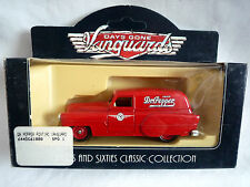 VANGUARDS 61000 1953 PONTIAC DELIVERY VAN / DR PEPPER LIVERY MIB