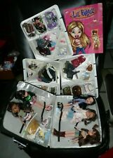 Big Lot of Bratz Dolls, Case filled with Clothes and Posters!