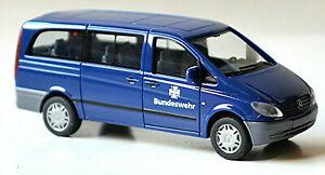 Mercedes Benz Vito W638 Bundeswehr Fuhrpark-Service 1996-2003 1:87 Herpa 046787