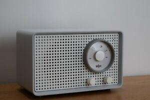 Working vintage Braun SK 2  midcentury tube radio