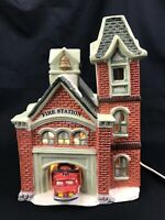 Vintage O'Well Novelty 1994 Fire Station Lighted Christmas Village w/ Light Cord