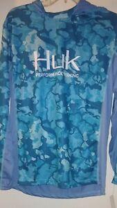 Huk Performance Fishing mens fishing shirt long sleeve With Hood Size MED.
