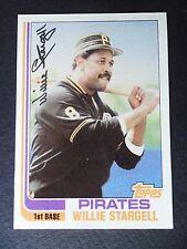 1982 TOPPS WILLIE STARGELL BASEBALL CARD #715