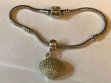 Concha De Mar TG113 en una pulsera serpiente plata rodio plateado