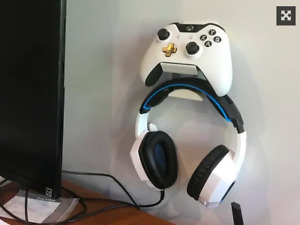 XBOX Series X PlayStation PS5/PS4 Controllers and Headset Wall Mount Holder