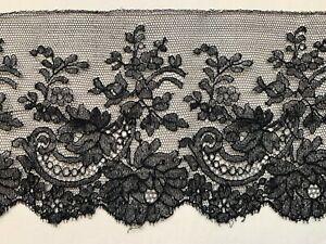 Antique Victorian French Lace edging - Floral design - 173cm by 11cm