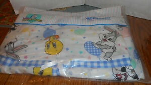 VINTAGE GERBER BABY LOONEY TUNES DIAPER STACKER/12 IN X 23 IN/COTTON & POLYESTER