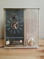 Vintage Westinghouse Clock Radio Model 205L5 Warm White/Gray 1950's