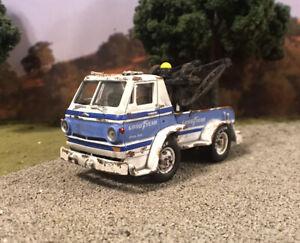 1966 Dodge L600 Tow Truck Rusty Weathered Barn Find Custom 1/64 Diecast Wrecker