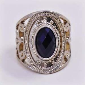 Size 7, vintage modern gold tone brass ring w/ black stone