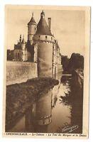 chenonceaux  le château  la tour des marques et les douves