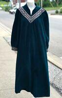 NEW NWT Womens Vanity Fair Green or Burgundy Shevelva Night Gown Dress Size M
