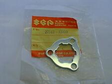 SUZUKI NEW Engine Sprocket Plate OEM 27512-33000 NOS Vintage GT380 GT550 Triple