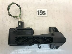 Mercedes Benz FUEL FILLER DOOR LID RELEASE LOCK UNLOCK ACTUATOR OEM A2518200197