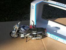 BURAGO 1/18 MOTO BMW R1100R !!!