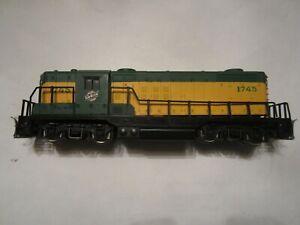 AHM HO Scale Chicago & Northwestern Locomotive Road #1745 DC