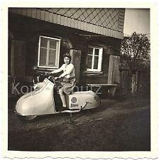 IWL Berlin Pitty Motorroller - kein Troll Wiesel oder Berliner Roller 10x10cm