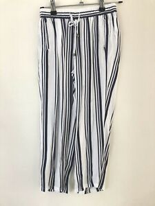 Witchery Girls Culottes Sz 8 Pockets White Blue Stripe Wide Leg GUC