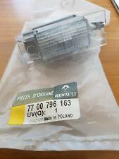 Luce targa posteriore nuovo RENAULT CLIO III MEGANE II MASTER II 7700796163