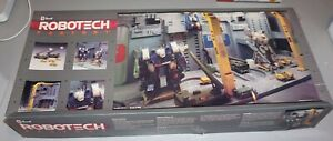 Robotech Factory Revell 1/100 Complete & Unstarted Bags Inside Sealed.