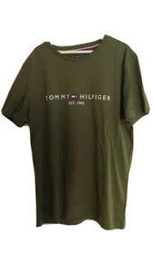 Men's Medium Tommy Hilfiger T-shirt