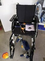 Leichtgewichtrollstuhl Caneo  mit elektrischer Brems- und Schiebehilfe Rollstuhl