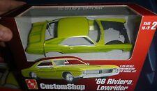 AMT 1966 BUICK RIVIERA LOWRIDER YELLOW 1/25 Model Car Mountain PRO-SHOP w/bike