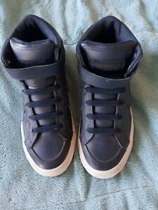 Boys CONVERSE All Star Navy Leather High Top Tennis Shoes Size 2 Great Condition