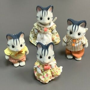 4Pcs Calico Critters Sylvanian Family Fisher Cat Family Furry Fuzzy Friend Epoch