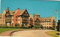 Vintage Postcard - Montauk Manor Long Island Hotel Atop Hill NEW YORK NY #3846