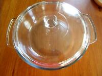 """Anchor Hocking 9"""" Clear Glass 2 Quart Casserole with Lid"""