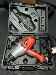 Clarke CEW1000 240v Electric Impact Wrench With 4 Sockets