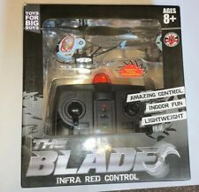 THE BLADE INFRA RED REMOTE CONTROLLED INDOOR HELICOPTER - NEW