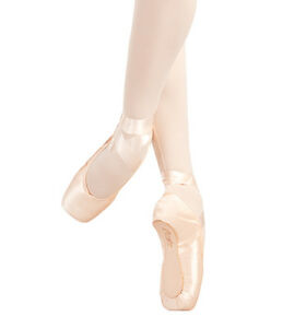 Pink Satin Capezio glisse pointe shoes - various sizes