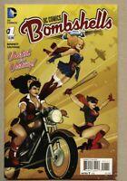 DC Comics Bombshells #1-2015 nm- 9.2 Standard Cover Batwoman Wonder Woman
