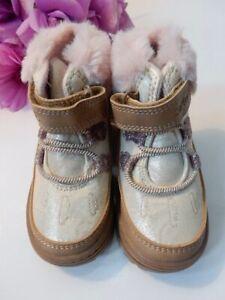 Carter's Toddler Girls SARANG Gold Pink Glitter Hearts Fur Boots Shoes Size 4