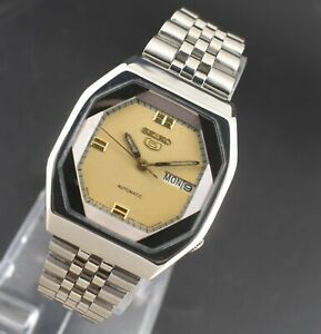 VINTAGE SEIKO 5 AUTOMATIC 17 JEWELS CAL.6309A DAY DATE MEN'S WRIST WATCH