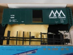 Athearn HO Scale 40' Box Car Vermont Railway