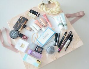 ⭐️⭐️ Adventskalender Luxus Glossybox Chanel L.O.V. MAC Studio 10 Bogner ⭐️⭐