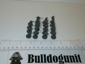 2013 Risk Battlefield 4 Rogue Board Game Lot 19 Gray Units Parts Only