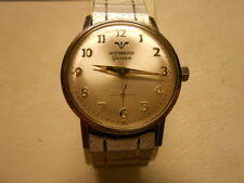 VINTAGE WITTNAUER GENEVE WIND UP WATCH S/S CASE.VERY CLEAN.