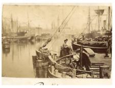 Docks à identifier  vintage albumen print  Tirage albuminé  6x10  Circa 18