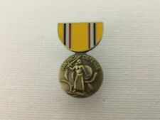 US FORCES AMERICAN DEFENSE SERVICE MEDAL HAT/LAPEL PIN