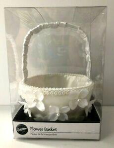 Wilton Wedding Flower Basket with Flowers -  New in Box