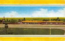 Greenwood Mississippi Holiday Inn Hotel Court Street View Vintage PC K23385