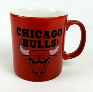 Vintage 1992 NBA Chicago Bulls Sports Team Coffee Cup Mug Red 12 oz