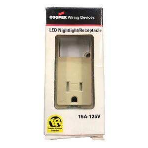 Box Nightlight/Recpt Ivry,No TR7735V-BOX, Cooper Wiring Devices Inc