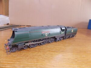 CROWN LINE KIT BUILT WEST COUNTRY CLASS 4-6-2 LOCO No 34007 WADEBRIDGE BR Green